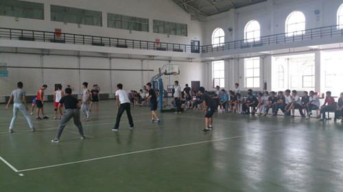 体育学院排球比赛.jpg
