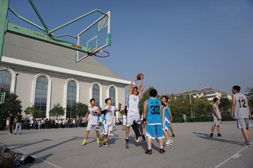 1027经管学院篮球比赛2.jpg