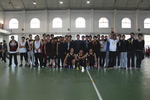体育学院迎新篮球赛.jpg